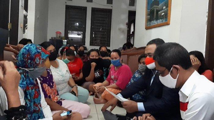 Tempat Penampungan Puluhan TKI Ilegal di Pasar Rebo Digrebek