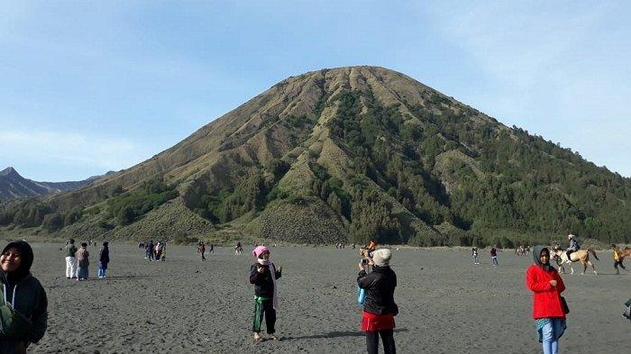 Pesona Gunung Bromo yang Selalu Sayang untuk Dilewatkan