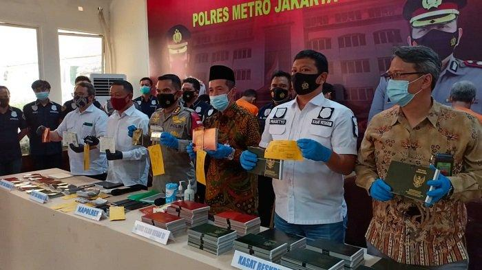 Tujuh Anggota Sindikat Pemalsu Buku Nikah Jaringan Jakarta-Subang Ditangkap