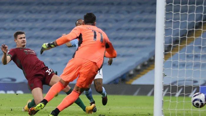 Sedang Berlangsung Manchester City vs Wolves 1-0, Gol Bunuh Diri Berkat Mahrez, Rodri dan Sterling