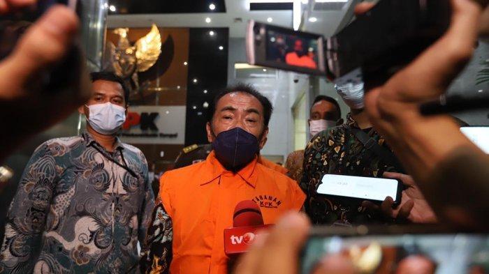 Bupati Budhi Sarwono Ditahan KPK, Begini Ekspresi Kegembiraan Warga Forum Banjarnegara Bersatu