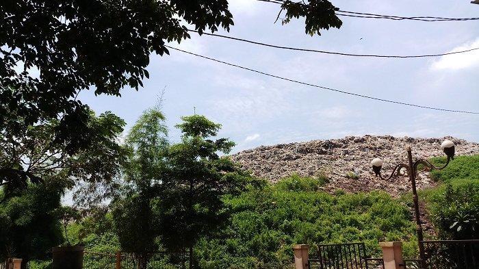 Volume Sampah ke TPAS Burangkeng Kabupaten Bekasi Meningkat Jadi 800 Ton Per Hari, Ini Penyebabnya