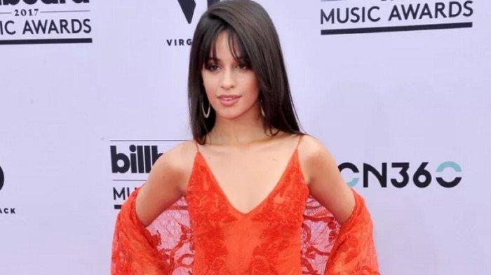 OLOK-OLOK Rihanna, Pelantun 'Havana' Camila Cabello Minta Maaf Atas Perkataan dan Unggah Meme Rasis