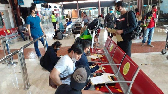 VIDEO: Normal Baru, Begini Pelayanan Petugas di Bandara Soekarno Hatta