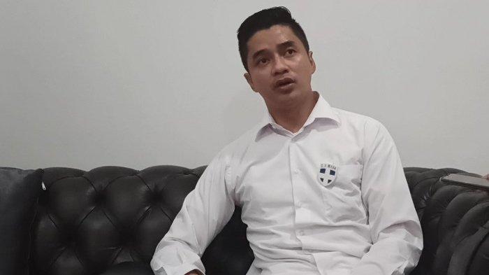 Calon Wakil Bupati Karawang Adly Fairuz saat ditemui Wartakotalive.com, Senin (12/10) lalu di Karawang.