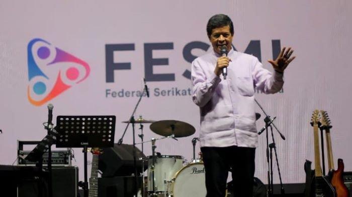 Ketua Umum Federasi Serikat Musisi Indonesia (FESMI) Candra Darusman disela peringatan Hari Musik Nasional pada 9 Maret 2020.