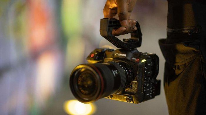 Kamera Sinema Canon EOS C70 Bisa Ambil Gambar Horizontal dan Vertikal