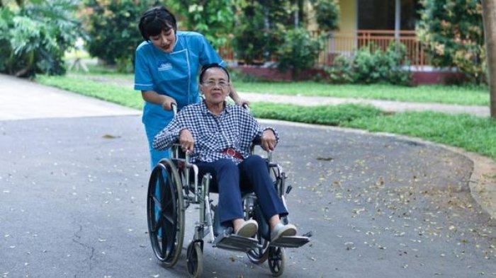 Insan Medika Layanan Perawat Lansia Dan Home Care Kekinian Halaman All Warta Kota