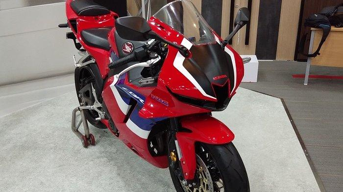 Honda CBR600RR saat dipamerkan di AHM Safety Riding and Training Center Deltamas, Cikarang, Jawa Barat.