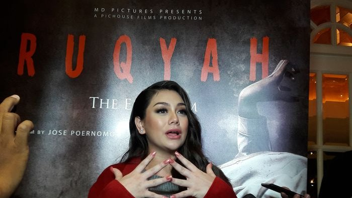 Celine Evangelista Dekati Omar Daniel Usai 'Batalkan' Pernikahan Vicky Prasetyo dan Kalina Oktarani?
