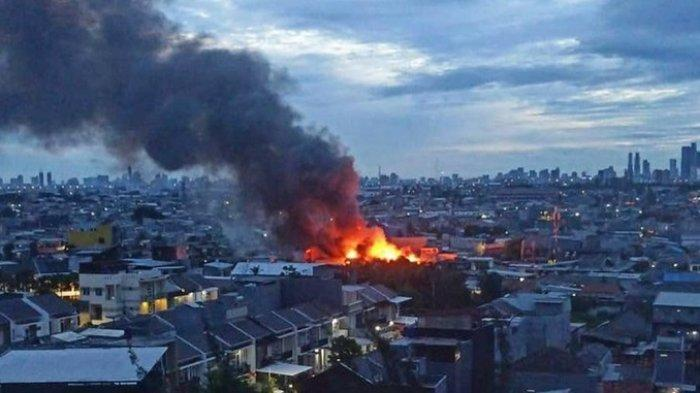 REKOR, Jakarta Barat Alami 305 Kebakaran Selama Tahun 2020, Cengkareng Jadi Wilayah Tersering