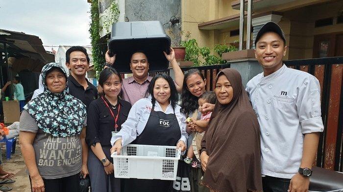 Master Chef Asal Belanda Hadirkan Menu Istimewa untuk Pengungsi Korban Banjir