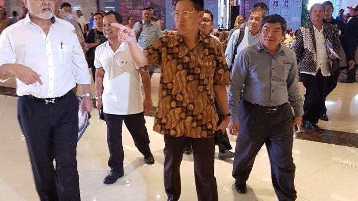 chief-executive-officer-lippo-group-james-riady-tinjau-lokasi-meikarta_20171005_060341.jpg