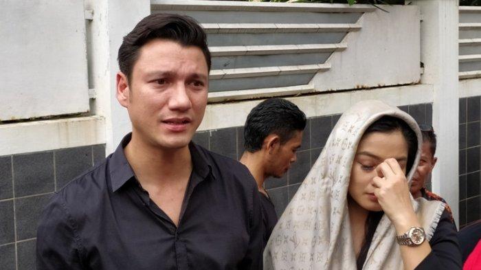 Ashraf Sinclair Meninggal, Titi Kamal dan Christian Sugiono Kaget dan Tidak Percaya