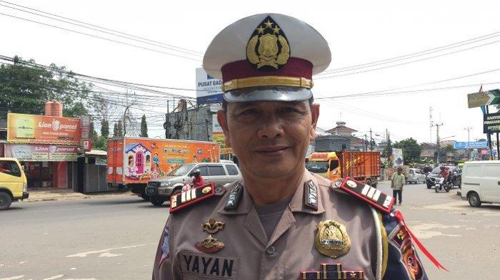 Polsek Cileungsi Menerjunkan Sejumlah 45 Personel dalam Mengantisipasi Terjadinya Kemacetan