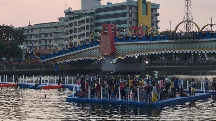 Warga Berbondong-Bondong Menyaksikan Festival Cisadane, Dianggap Lebih Meriah dari Sebelumnya