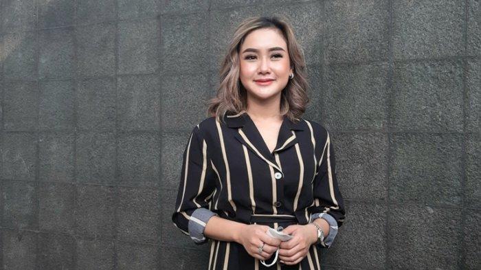 Cita Citata Mengaku Masih Single Meski Dekat dengan Indra Bruggman, Status Cintanya 'Digantung'?
