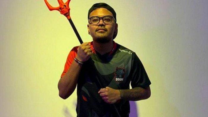 BREAKING NEWS, Komika Coki Pardede Ditangkap Polisi atas Kepemilikan Sabu