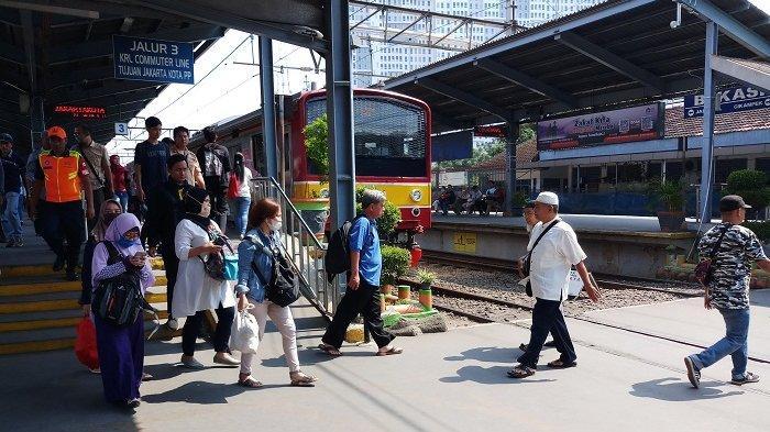 Ada Penggantian Wesel di Stasiun Gambir, 11 Hari KRL Bogor-Jakarta Cuma Sampai Stasiun Manggarai