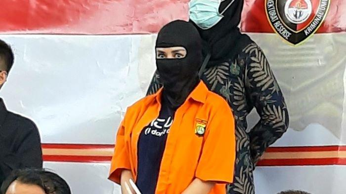 Cynthiara Alona Meringkuk di Penjara Usai Hotelnya Digerebek Polisi, Begini Kata Kuasa Hukumnya