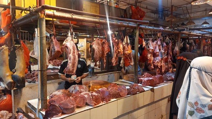 Harga Daging Sapi Melejit Rp 140.000 per Kilogram di Pasar Kramat Jati Bikin Pembeli Menjerit