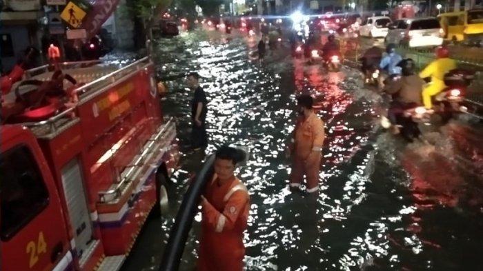 Jalan Arif Rahman Hakim Langganan Banjir, Warga Harap Pemkot Depok Serius Tangani Banjir