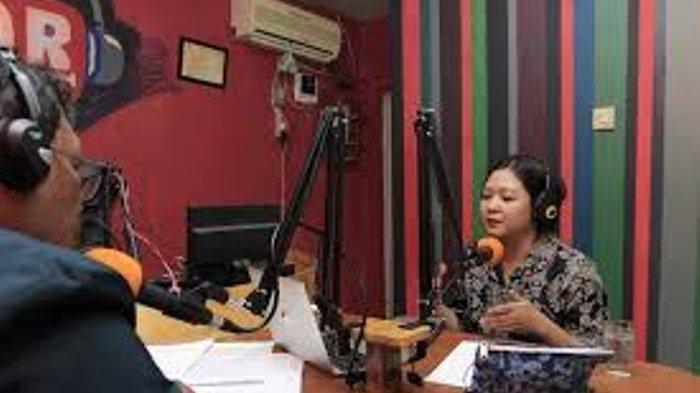 Radio Komunitas sebagai Pusat Informasi dan Wadah untuk Pengembangan Potensi Remaja