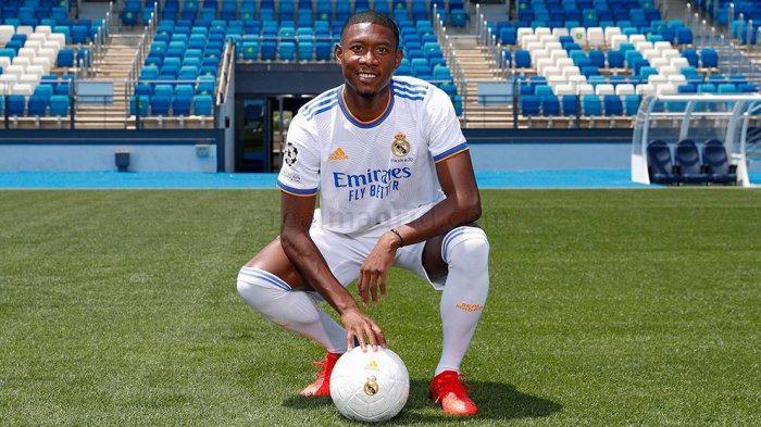 Florentino Perez Presiden Klub Real Madrid Resmi Memperkenalkan David Alaba  Sebagai Pemain Baru - Warta Kota