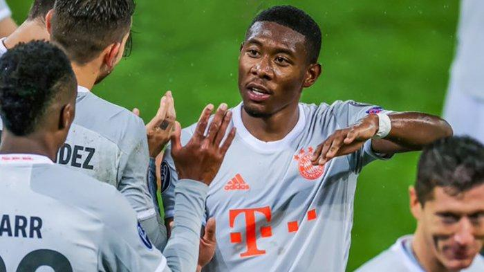 David Alaba saat memperkuat Bayern melawan Salzburg di penyisihan grup Liga Champions