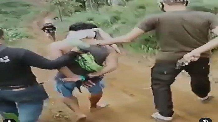 Video Detik-detik Pelaku Kasus Gadis Cantik Dibakar Kekasih Ditangkap di Dalam Hutan Ciwidey Bandung