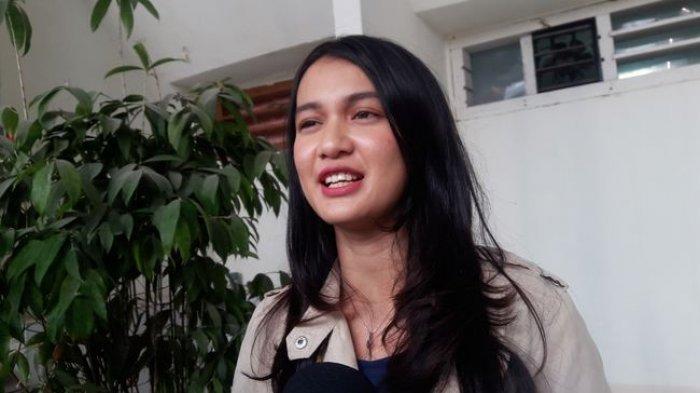 Dhea Annisa yang akrab dikenal dengan nama Dea Imut.