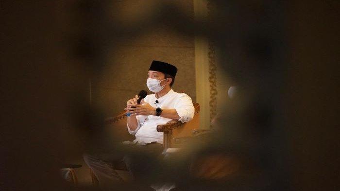 Malam ke-23 Ramadan, Dedie A Rachim Isi Kajian dan Itikaf di Masjid Raya Bogor, Jamaah Kurang 50 %