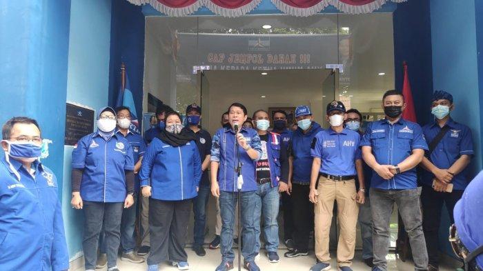 DPD Partai Demokrat DKI Gelar Aksi Cap Jempol Darah, Bentuk Dukungan untuk AHY