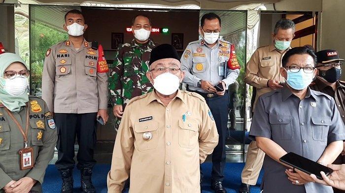 Pengendara Motor Kaget Saat Dicegat Wali Kota Depok Mohammad Idris, Tak Disangka Ini yang Dilakukan