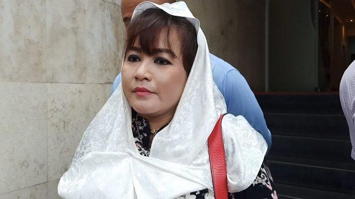 Sebut FPI Teroris dan Berafiliasi dengan ISIS, Dewi Tanjung: Makanya Mereka Brutal