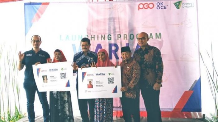 Dompet Dhuafa Gandeng OK OCE Salurkan Donasi melalui Pedagang Warteg