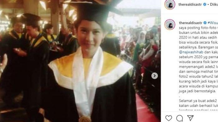 Pamer Foto Wisuda, Dian Sastro Tak Bermaksud Bikin Iri Mahasiswa 'Angkatan Corona'