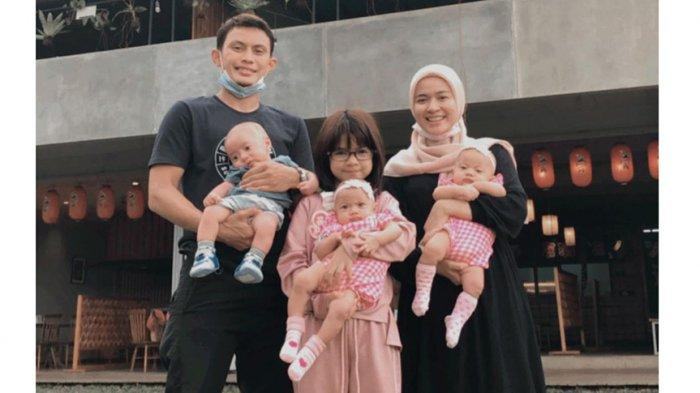 Dias Angga Putra Bek Bali United Sibuk Mengurus Tiga Anak Kembarnya Bersama Istri