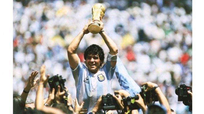 Maradona Meninggal Dunia Akibat Serangan Jantung Usai Jalani Operasi Gumpalan Darah di Otak