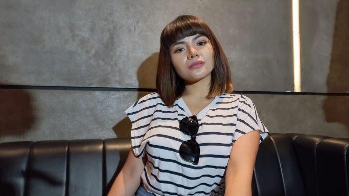 Dinar Candy saat berbincang di Holywings, Jalan Gatot Subroto, Jakarta Selatan, Rabu (9/6/2021).