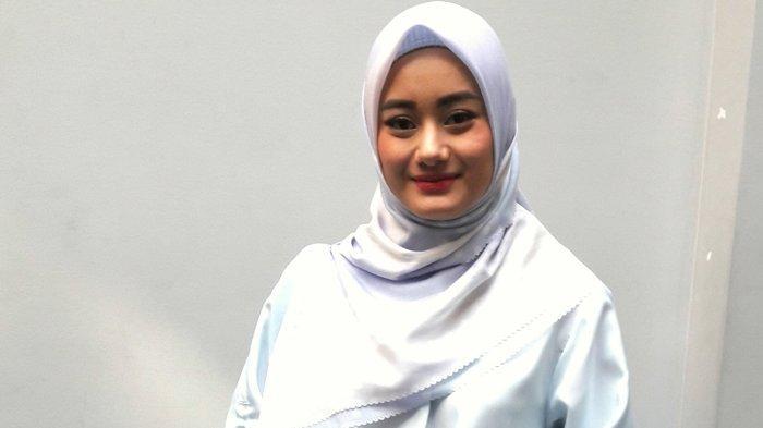 Dinda Hauw Jadi Mahasiswi Muslim di Film Berjudul Cinta Subuh
