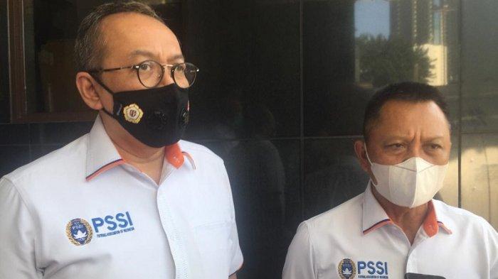 Direktur Utama PT LIB, Hadian Lukita dan Direktur Operasional PT LIB, Sudjarno