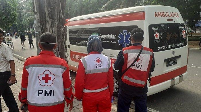 Antisipasi Pelayanan Medis di Tengah Unjuk Rasa UU Omnibus Law, PMI DKI Jakarta Kerahkan 12 Ambulans