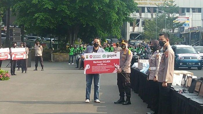 Polda Metro Jaya Terima Bantuan Logistik dari Donatur untuk Sukseskan 'Vaksinasi Merdeka'