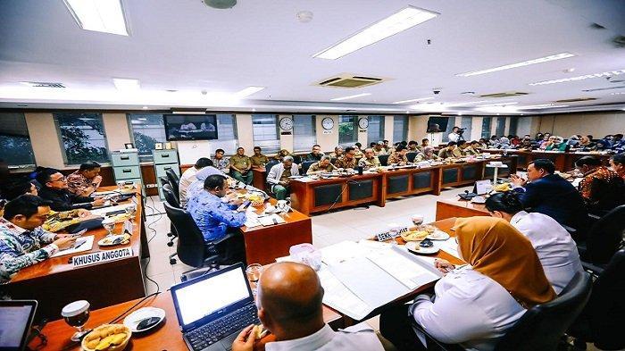Komite II DPD RI Jalin Kerja Sama Dengan Kementerian LHK Untuk Sejahterakan Daerah - dpd-ri-17-feb-3.jpg