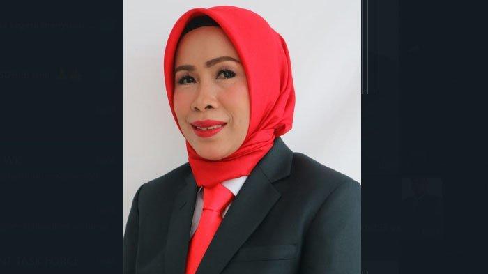 Ketua Panitia Khusus Pembahas Raperda tentang Pelayanan Air Minum Perumda Tirta Pakuan  Kota Bogor, Hj. R. Laniasari SAP.