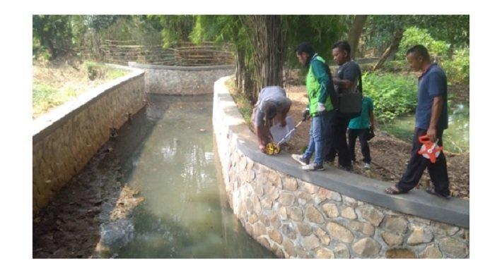DPUPR Kab Bogor melakukan peningkatan irigasi.