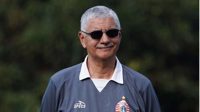 Dilepas Macan Kemayoran, Edson Tavares Latih Pesut Etam di Liga 1 2020