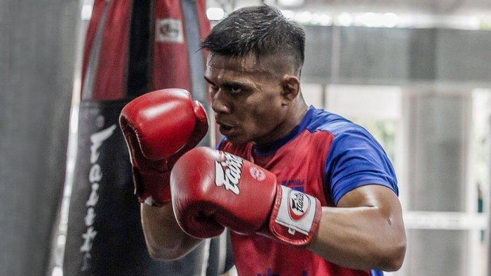 Eko Roni Saputra Menetap dan Berlatih Dengan Pelatihan Kelas Dunia di Evolve MMA Singapura