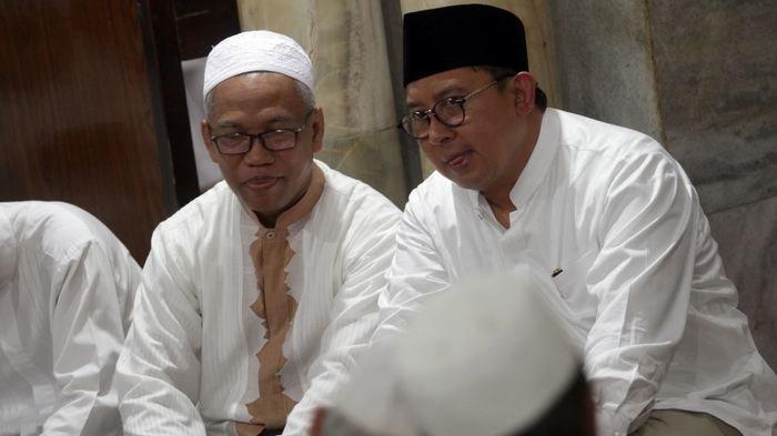 Sebelum ke Kejari Depok, Buni Yani Sempat Shalat Jumat di Masjid Al Barkah, Ini Foto-fotonya